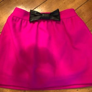 Milly Minis adorable hot pink bow skirt size 10
